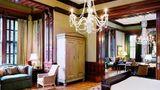 Wentworth Mansion Suite