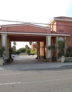 Holiday Inn Express Anaheim West