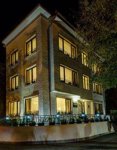 Vila Paris Boutique Hotel