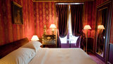 L'Hotel Room