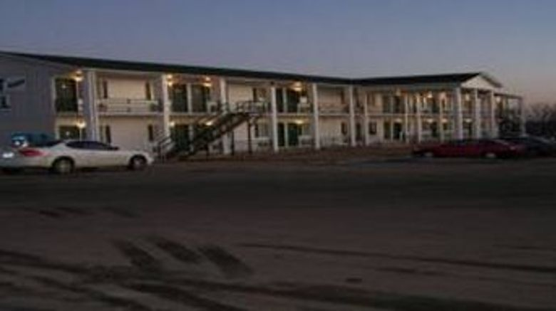 "Budget Deluxe Motel Exterior. Images powered by <a href=""http://www.leonardo.com"" target=""_blank"" rel=""noopener"">Leonardo</a>."