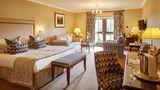 Ashdown Park Hotel Suite