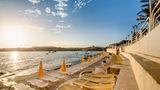 Sunny Coast Resort & Spa Beach