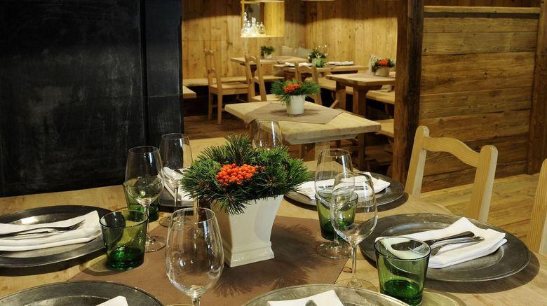 "<b>Gasthof Weisses Rossl Restaurant</b>. Images powered by <a href=""https://leonardo.com/"" title=""Leonardo Worldwide"" target=""_blank"">Leonardo</a>."