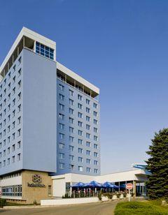 Hotel Flora, Rakas