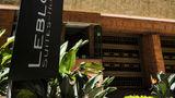 Leblon Suites Exterior
