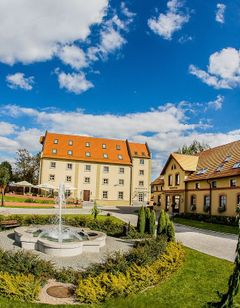 Hotel Zamek Topacz near Wroclaw
