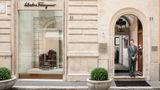 Portrait Roma Exterior