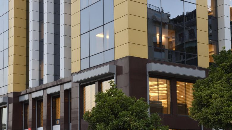 "Athens Avenue Hotel Exterior. Images powered by <a href=""http://www.leonardo.com"" target=""_blank"" rel=""noopener"">Leonardo</a>."