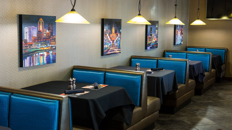 "<b>Holiday Inn Des Moines-Downtown Restaurant</b>. Images powered by <a href=""https://leonardo.com/"" title=""Leonardo Worldwide"" target=""_blank"">Leonardo</a>."