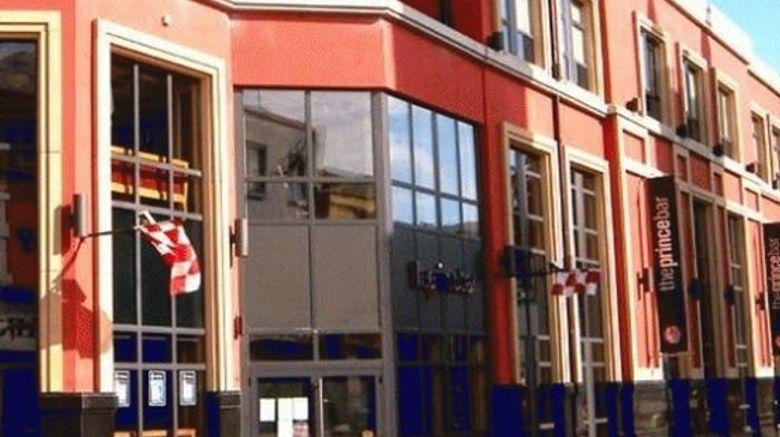 "Prince of Wales Hotel Exterior. Images powered by <a href=""http://www.leonardo.com"" target=""_blank"" rel=""noopener"">Leonardo</a>."