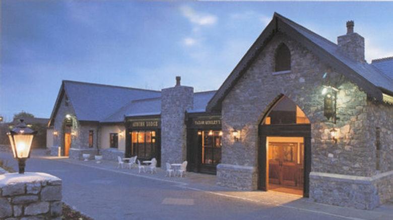"Auburn Lodge Hotel Exterior. Images powered by <a href=""http://www.leonardo.com"" target=""_blank"" rel=""noopener"">Leonardo</a>."