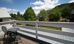 Purple Mountain Bed & Breakfast & Spa