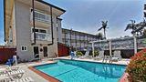 Avania Inn of Santa Barbara Pool