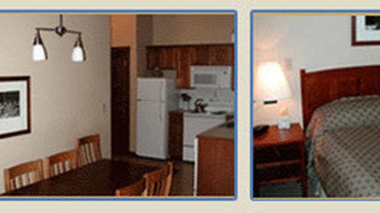 "<b>Silver Creek Lodge at Snowshoe Room</b>. Images powered by <a href=""https://leonardo.com/"" title=""Leonardo Worldwide"" target=""_blank"">Leonardo</a>."
