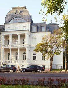 Mirage Medic Hotel