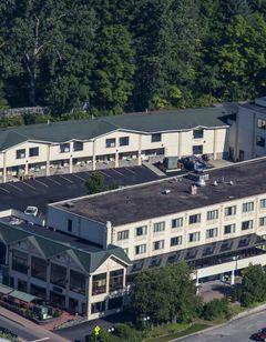 Lake Placid Summit Hotel Resort & Suites