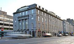 Royal Athenaeum Suites