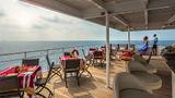 Four Seasons Explorer Yacht Restaurant