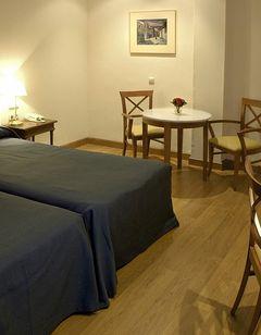 Conde Luna Hotel