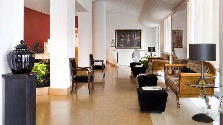 "Hotel Plaza Opera Lobby. Images powered by <a href=""http://www.leonardo.com"" target=""_blank"" rel=""noopener"">Leonardo</a>."