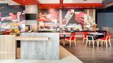 Ibis Makassar City Center Restaurant