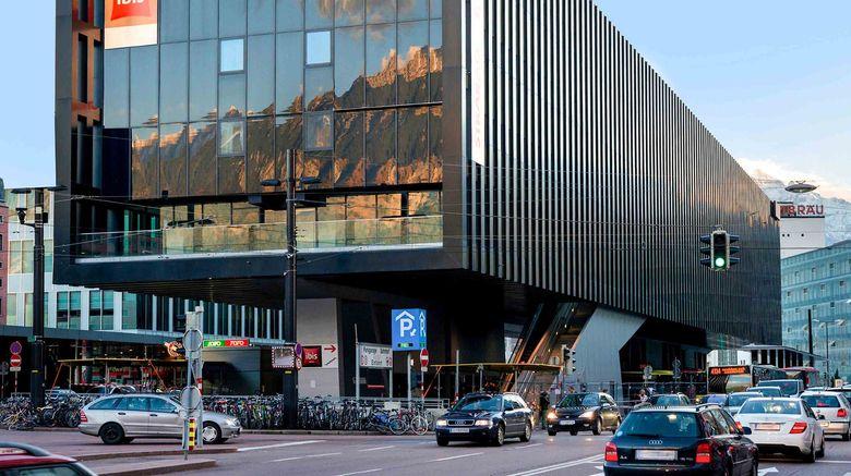 "Ibis Innsbruck Hauptbahnhof Exterior. Images powered by <a href=""http://www.leonardo.com"" target=""_blank"" rel=""noopener"">Leonardo</a>."