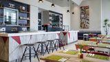 Ibis Styles Jakarta Mangga Dua Square Restaurant