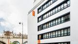 Adagio Access Paris Bastille Aparthotel Exterior