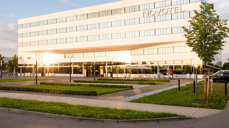 "Hotel Novotel Muenchen Airport Exterior. Images powered by <a href=""http://www.leonardo.com"" target=""_blank"" rel=""noopener"">Leonardo</a>."
