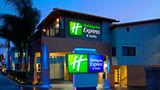 Holiday Inn Express Exterior