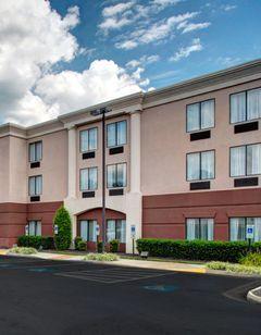 Holiday Inn Express & Suites Ashland