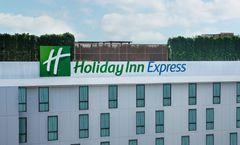 Holiday Inn Express Soi Soonvijai