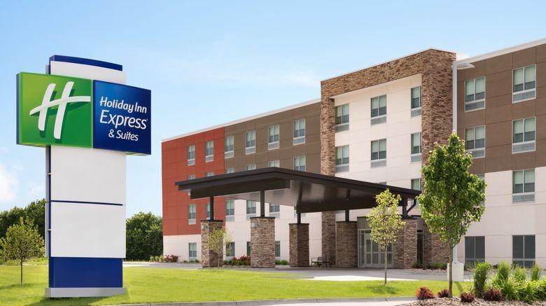 "Holiday Inn Express  and  Suites Allen Park Exterior. Images powered by <a href=""http://www.leonardo.com"" target=""_blank"" rel=""noopener"">Leonardo</a>."