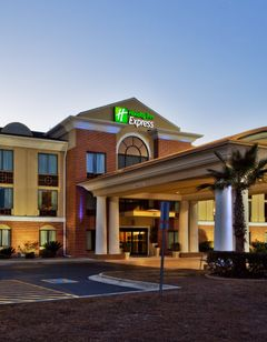 Holiday Inn Express & Suites Hinesville
