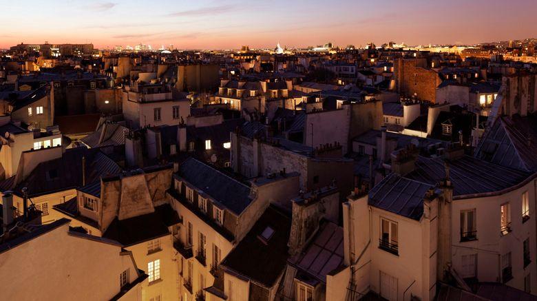 "Holiday Inn Paris-Notre Dame Exterior. Images powered by <a href=""http://www.leonardo.com"" target=""_blank"" rel=""noopener"">Leonardo</a>."