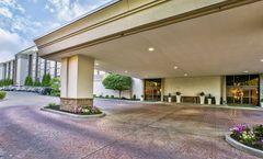Holiday Inn & Suites Cincinnati-Eastgate