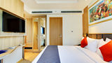 Holiday Inn Express & Suites Racecourse Room