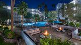 Holiday Inn & Suites Phoenix-Airport N Exterior