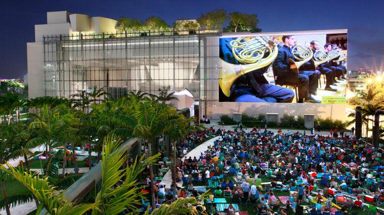 "Holiday Inn Miami Beach-Oceanfront Exterior. Images powered by <a href=""http://www.leonardo.com"" target=""_blank"" rel=""noopener"">Leonardo</a>."