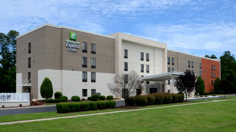 """Holiday Inn Express  and  Suites RTP Exterior. Images powered by <a href=""""http://www.leonardo.com"""" target=""""_blank"""" rel=""""noopener"""">Leonardo</a>."""