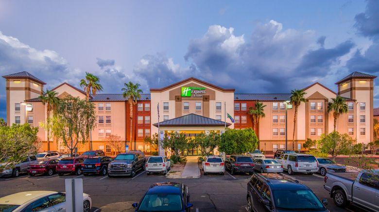 "Holiday Inn Express/Suites Phoenix Arpt Exterior. Images powered by <a href=""http://www.leonardo.com"" target=""_blank"" rel=""noopener"">Leonardo</a>."