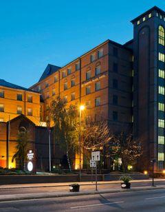Crowne Plaza Leeds Hotel