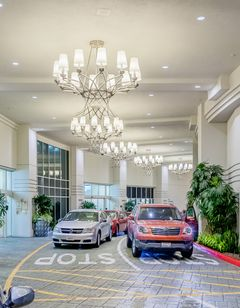 Crowne Plaza Los Angeles Commerce Casino
