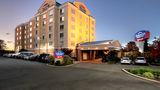 Fairfield Inn & Suites Woodbridge Exterior