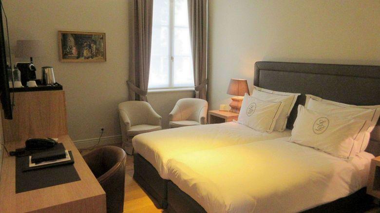 "<b>Le Dixseptieme Room</b>. Images powered by <a href=""https://leonardo.com/"" title=""Leonardo Worldwide"" target=""_blank"">Leonardo</a>."