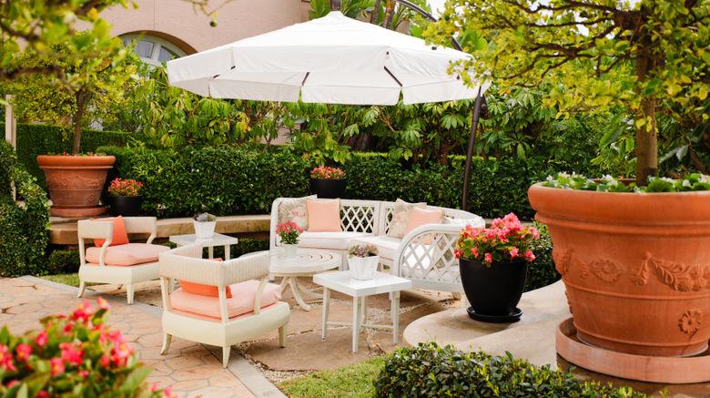 "The Beverly Hills Hotel Exterior. Images powered by <a href=""http://www.leonardo.com"" target=""_blank"" rel=""noopener"">Leonardo</a>."