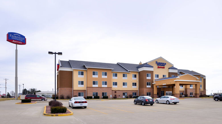 "Fairfield Inn  and  Suites Bloomington Exterior. Images powered by <a href=""http://www.leonardo.com"" target=""_blank"" rel=""noopener"">Leonardo</a>."
