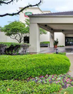 Courtyard by Marriott Dallas Market Ctr