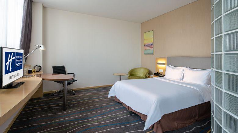 "<b>Holiday Inn Express Luoyang City Center Room</b>. Images powered by <a href=""https://leonardo.com/"" title=""Leonardo Worldwide"" target=""_blank"">Leonardo</a>."